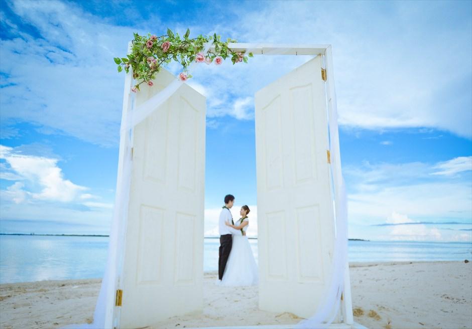 挙式風のウェディングフォトを撮影したいカップルにおすすめ