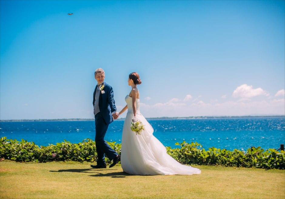 クリムゾン・マクタンのガーデンで結婚式前撮りを日本人スタッフがサポート