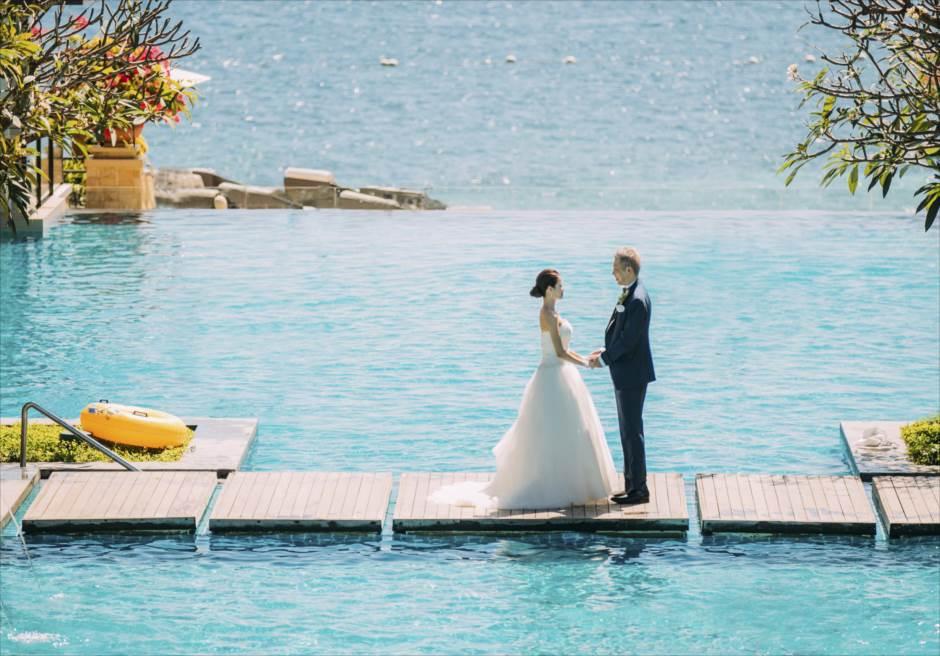 クリムゾン・マクタンの人気スポットで結婚式前撮り