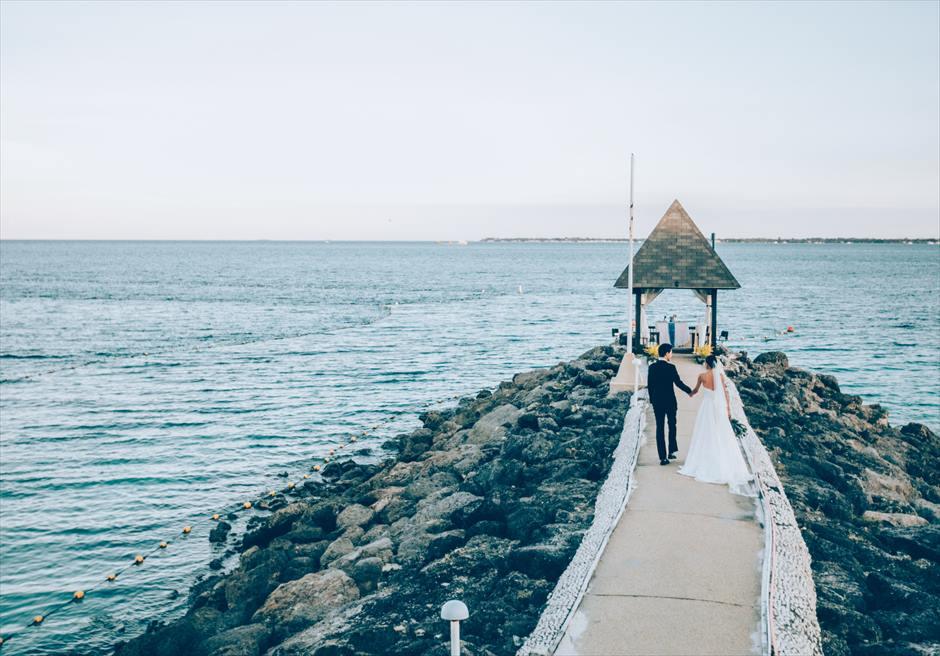 シャングリラ・マクタン・リゾート&スパの桟橋でこだわりをかなえる挙式後撮影