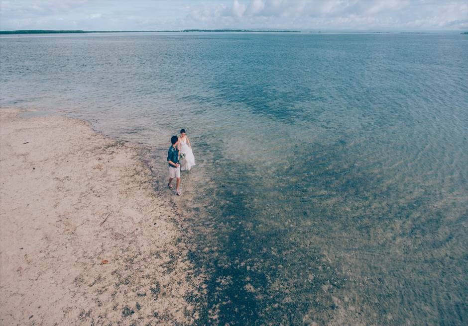セブの離島で撮影する広々としたビーチが魅力のウェディングフォト