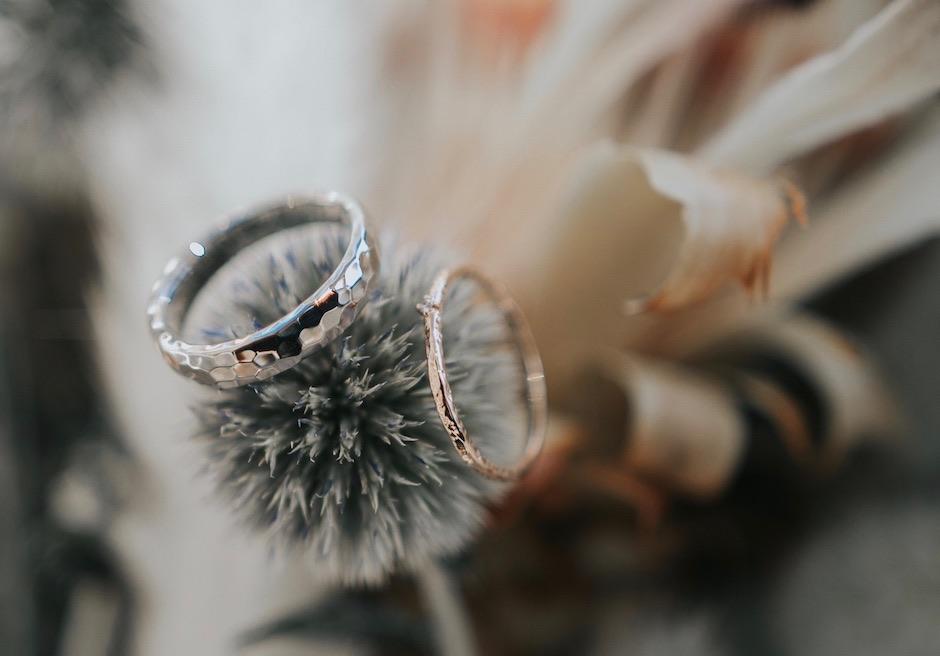 セブ島後撮りの美しいお花と指輪