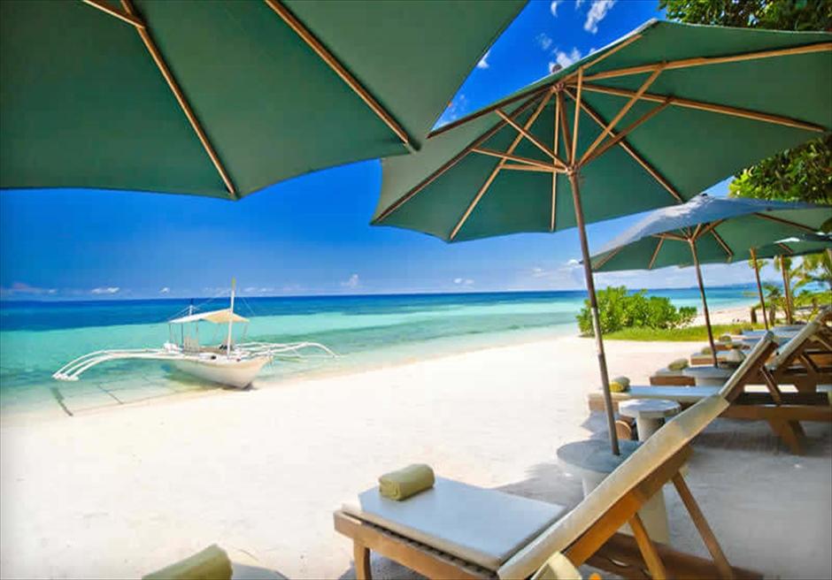 ボホール島アマレラ・リゾートの美しいビーチ