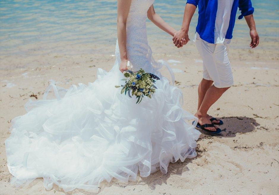 カオハガン島の挙式前撮り撮影で新郎新婦の足元ショット