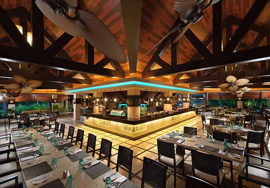 ボホール島サウスパーム・リゾートのレストランの内装