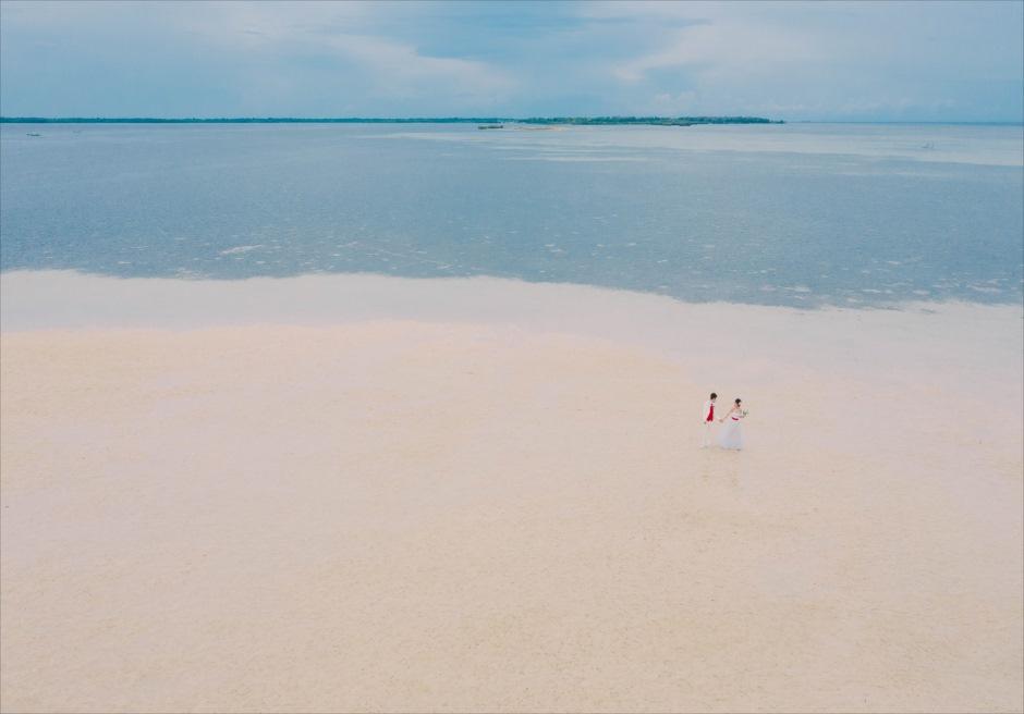 セブ島挙式前撮りは迫力のあるドローン撮影を新郎新婦で
