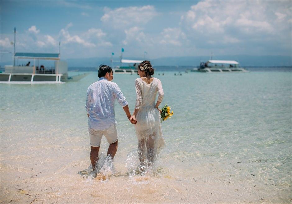 セブ島前撮りはカジュアルドレスで美しい海の中撮影