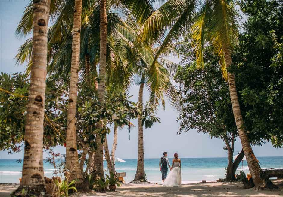 ボホール島の美しいビーチでフォトウェディング撮影