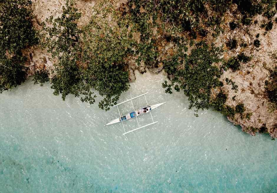 セブ島 ドローンの空撮で離島フォトウェディング撮影