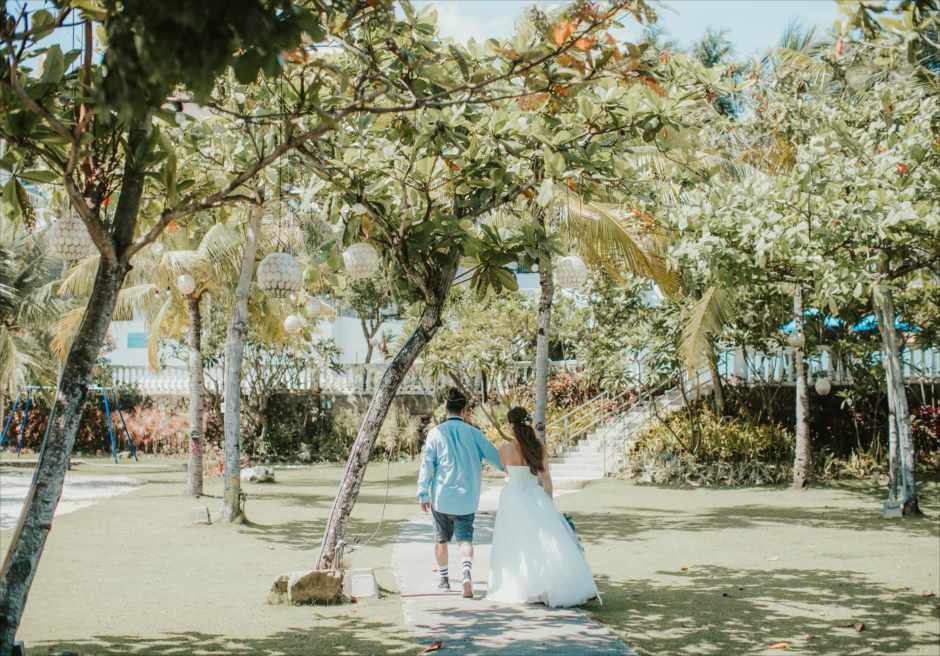 セブ島ガーデン・フォトウェディング バックショット